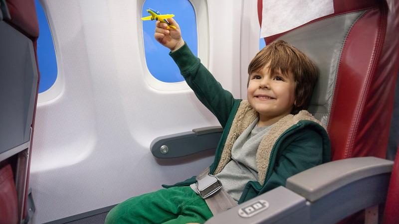 С какого возраста можно летать на самолете без сопровождения взрослых