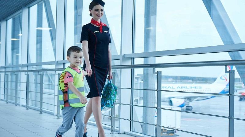 с какого возраста ребенок может летать на самолете без сопровождения